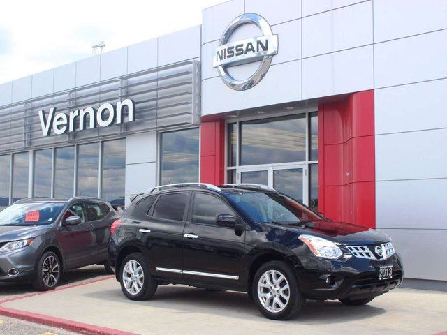 2013 NISSAN ROGUE SV in Kelowna, British Columbia