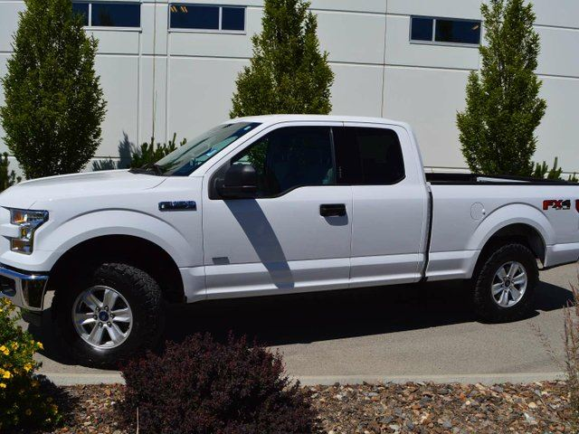 2015 Ford F-150 XLT 4x4 SuperCab 6.5 ft. box 145 in. WB in Kamloops, British Columbia