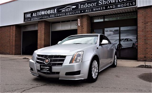 2011 CADILLAC CTS AWD PANO ROOF NO ACCIDENT in Mississauga, Ontario