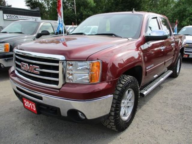 2013 GMC Sierra 1500 READY TO WORK SLE MODEL Z71 PACKAGE 5 PASSENGER in Bradford, Ontario