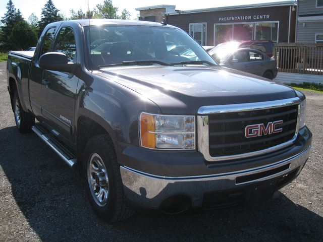 2010 GMC Sierra 1500 SL Nevada Edition *Certified* in Vars, Ontario