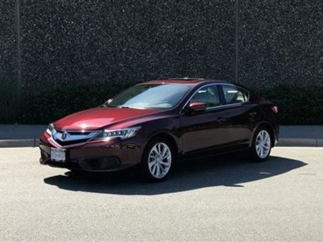 2016 ACURA ILX Premium LOW KMS! AS NEW! Factory Warranty in North Vancouver, British Columbia