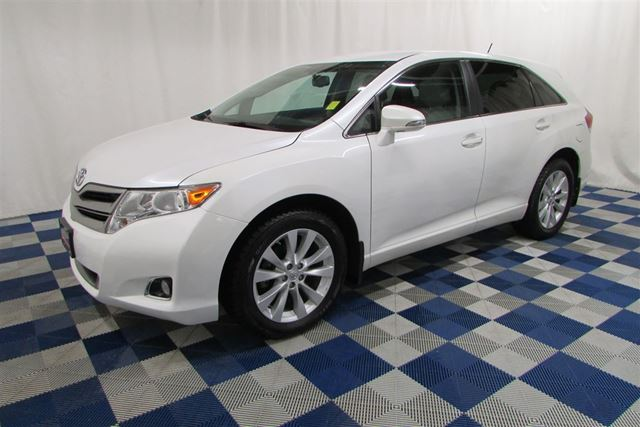 2013 Toyota Venza LE AWD/LEATHER/BLUETOOTH/TOUCH SCREEN in Winnipeg, Manitoba