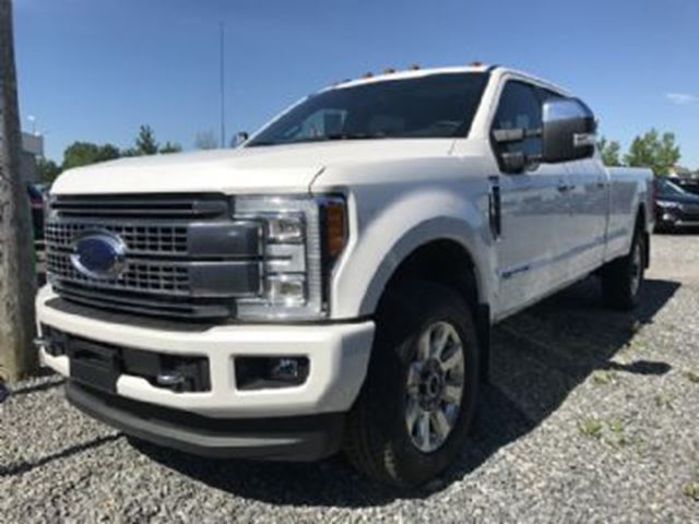 2017 FORD F-350  Platinum, Crew Cab, 8 foot box, fifth wheel, in Mississauga, Ontario