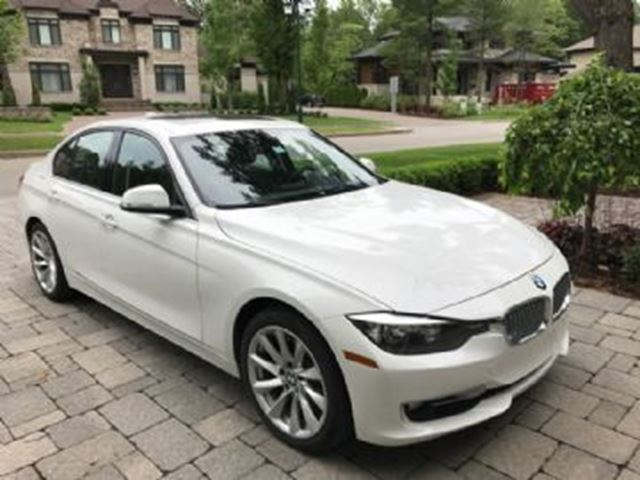 2014 BMW 3 Series 320i xDrive Sport and Premium Packages in Mississauga, Ontario