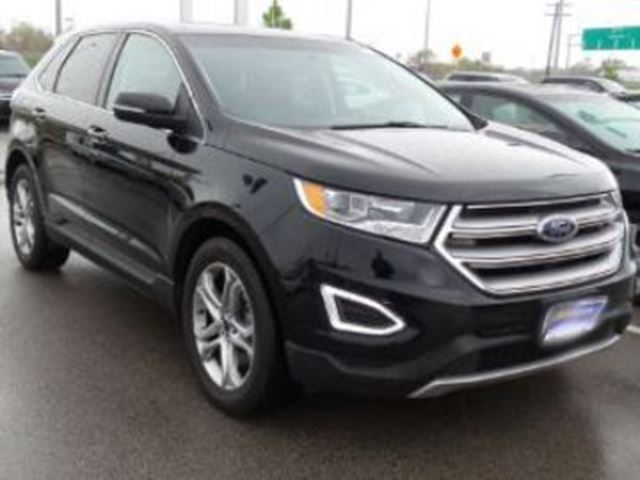 2016 FORD EDGE AWD TITANIUM w/Navigation & Roof in Mississauga, Ontario