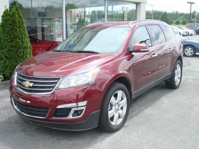 2017 Chevrolet Traverse LT in Thetford Mines, Quebec