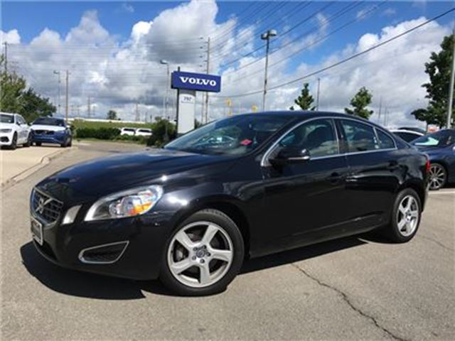 2012 VOLVO S60 T5 A Level 2 No Accidents! Call 1-888-792-5969 for in Mississauga, Ontario