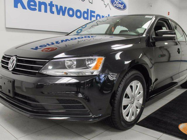 2016 Volkswagen Jetta TSI with heated seats, back up cam, easy access to trunk button in Edmonton, Alberta