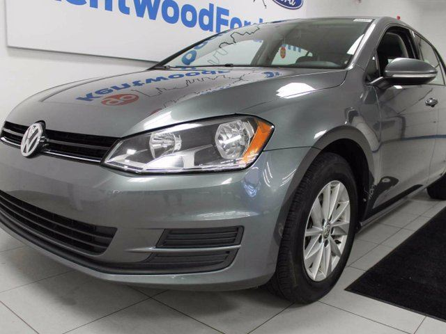 2015 Volkswagen Golf TSI with heated front seats ! Hatchback to make some room too! in Edmonton, Alberta
