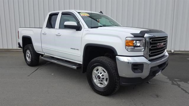 2015 GMC SIERRA 2500  SLE in Gander, Newfoundland And Labrador