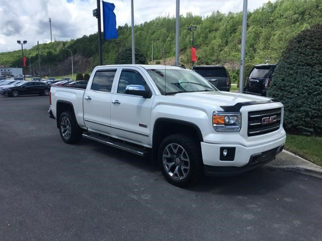 2015 GMC Sierra 1500 SLT in Campbellton, New Brunswick