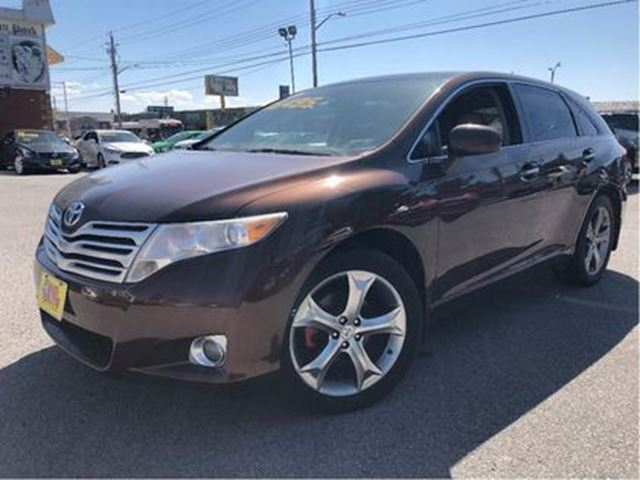 2010 Toyota Venza 3.5L AWD LEATHER ROOF ALLOYS BLUETOOTH in St Catharines, Ontario