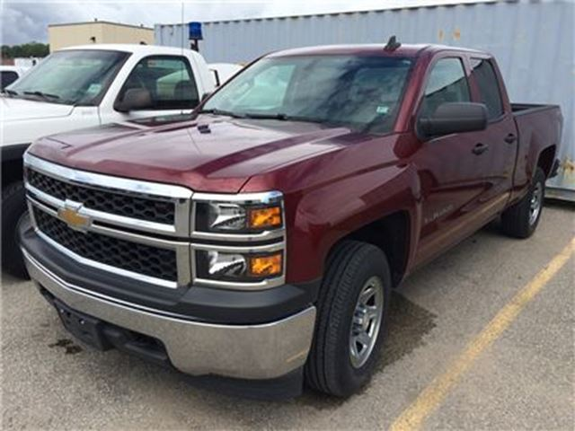 2015 Chevrolet Silverado 1500 LS 4X4 5.3L LOW KMS JUST OFF-LEASE!!! in Orillia, Ontario