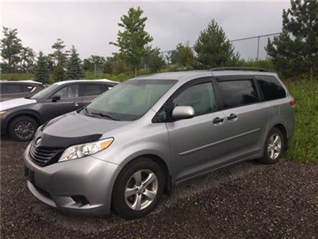 used 2012 toyota sienna aggressively priced to sell barrie. Black Bedroom Furniture Sets. Home Design Ideas