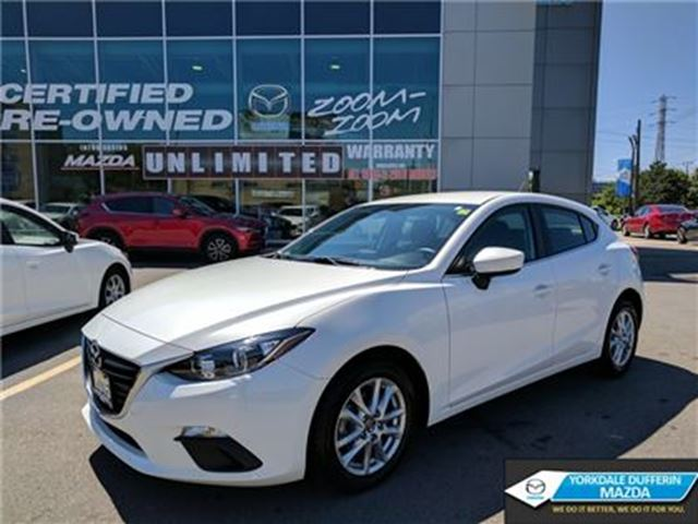 2015 Mazda MAZDA3 Sport GS / HEATED SEATS / LOW KMS / 0.65%!!! in Toronto, Ontario