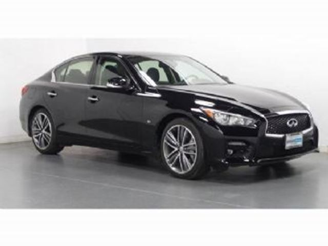 2015 Infiniti Q50 4dr Sdn AWD Deluxe Touring w/19's in Mississauga, Ontario