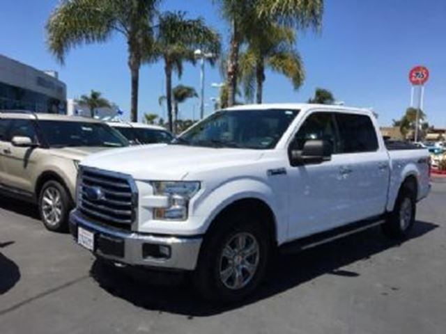 2016 Ford F-150 4WD SuperCrew 145 '' XLT in Mississauga, Ontario
