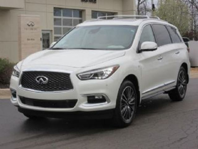 2017 Infiniti QX60 4dr AWD Premium Deluxe Touring Package in Mississauga, Ontario