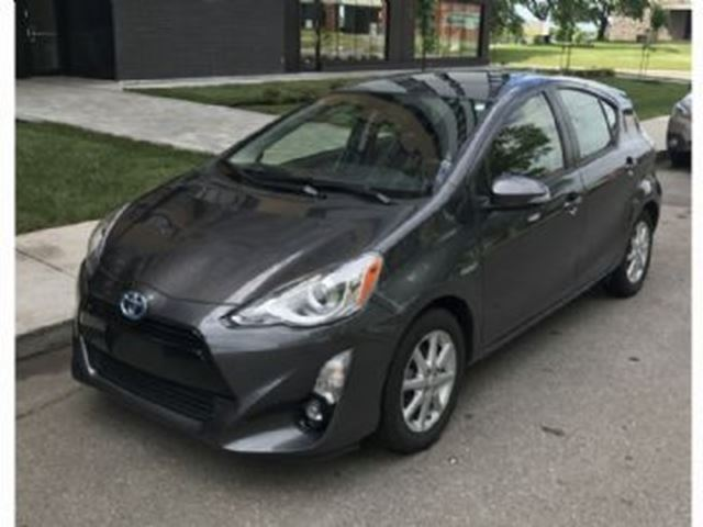 2015 Toyota Prius Technology Hybrid PEA Extended Warranty in Mississauga, Ontario
