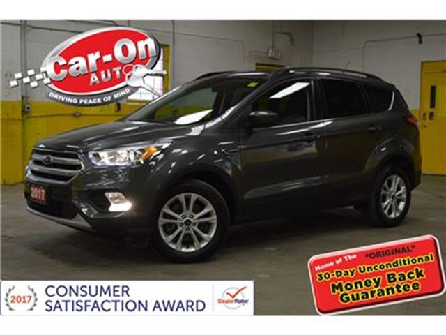 2017 Ford Escape SE AWD PANO SUNROOF HEATED SEATS SYNC ALLOYS in Ottawa, Ontario