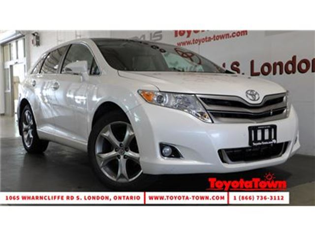 2014 Toyota Venza V6 XLE LEATHER NAVIGATION MOONROOF in London, Ontario