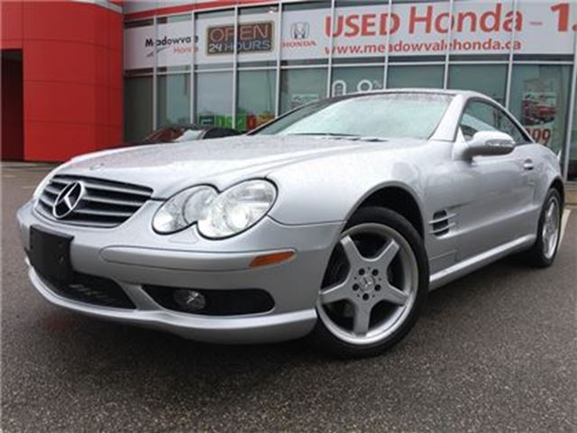 2003 Mercedes-Benz SL-Class 2DR Roadster 5.0L l Accident Free l LOW KMS in Mississauga, Ontario