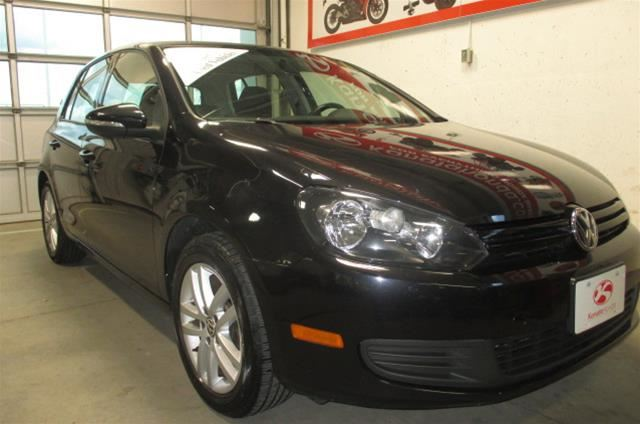 2010 Volkswagen Golf 5-Dr Comfortline 2.5 at Tip in Kanata, Ontario