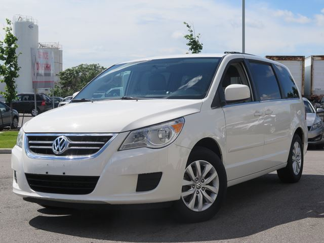2012 Volkswagen Routan Comfortline in Scarborough, Ontario
