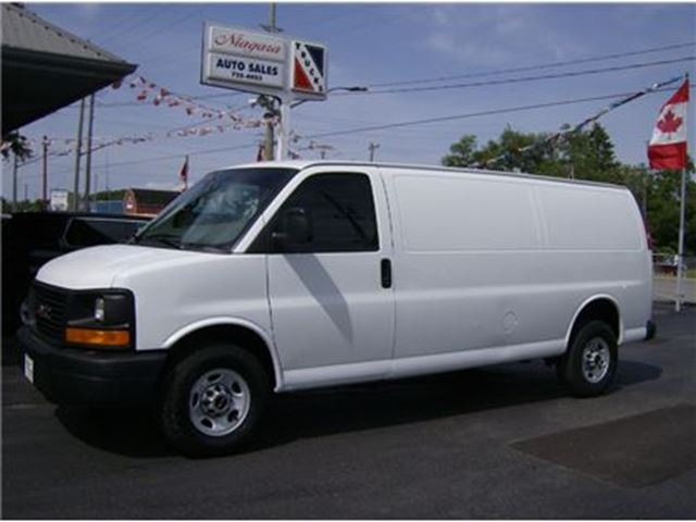 2012 GMC Savana 2500 EXTENDED CARGO !! READY FOR BUSINESS !! in Welland, Ontario