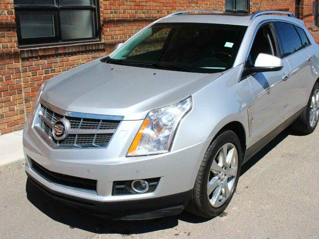 2010 CADILLAC SRX LOADED AWD LOW KM FINANCE AVAILABLE in Edmonton, Alberta