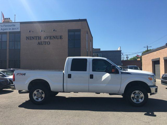 2013 Ford F-350 XLT 4x4 SD Crew Cab FX4 6.75 ft. box 4x4 in Calgary, Alberta