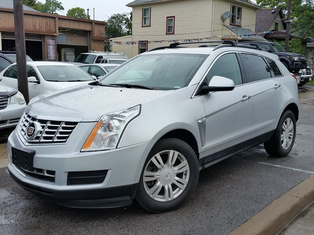 2013 CADILLAC SRX Leather Collection AWD in St Catharines, Ontario