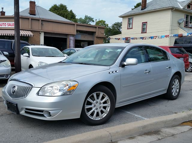 2011 BUICK LUCERNE CXL in St Catharines, Ontario