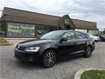2014 Volkswagen Jetta Highline/NAV/LEATHER/SUNROOF/HEATED SEATS in Fonthill, Ontario