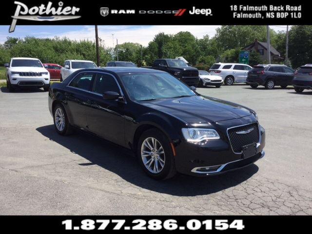 2016 Chrysler 300 Limited  LEATHER  HEATED SEATS  REAR CAMERA  B in Windsor, Nova Scotia