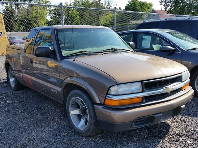 2003 Chevrolet S-10 LS RWD in Jarvis, Ontario
