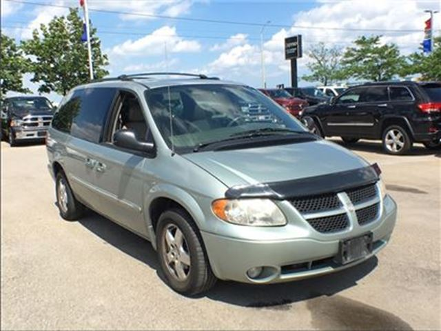 2003 Dodge Caravan *ES*AWD*LEATHER SEATING*TRAILER TOW GRP* SUNROOF* in Mississauga, Ontario