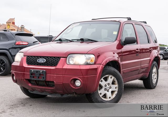 2007 Ford Escape Limited in Barrie, Ontario