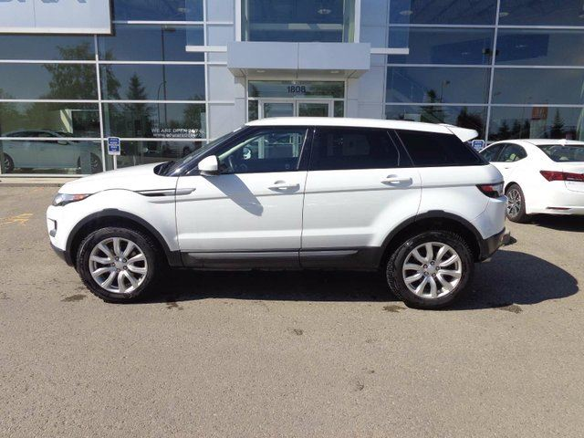 2015 LAND ROVER RANGE ROVER EVOQUE Pure - Heated Leather Int, B/U Cam, + Bluetooth! in Red Deer, Alberta