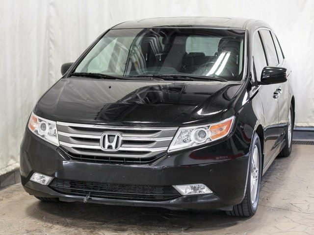 2012 HONDA Odyssey Touring w/ Extended Warranty, Navigation, TV/DVD in Edmonton, Alberta