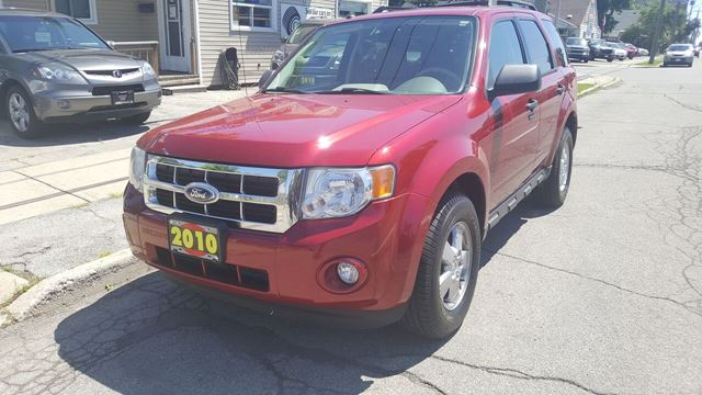2010 FORD Escape XLT in Hamilton, Ontario