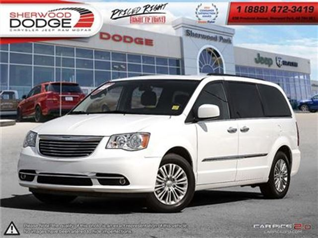 2016 CHRYSLER Town and Country TOURING-L   HEATED SEATS   REMOTE START in Sherwood Park, Alberta