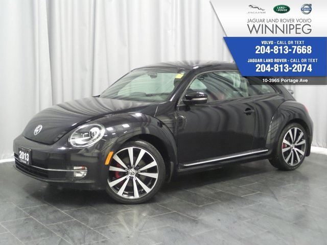 2013 VOLKSWAGEN NEW BEETLE  2.0T Turbo *LOCAL ONE OWNER TRADE* in Winnipeg, Manitoba
