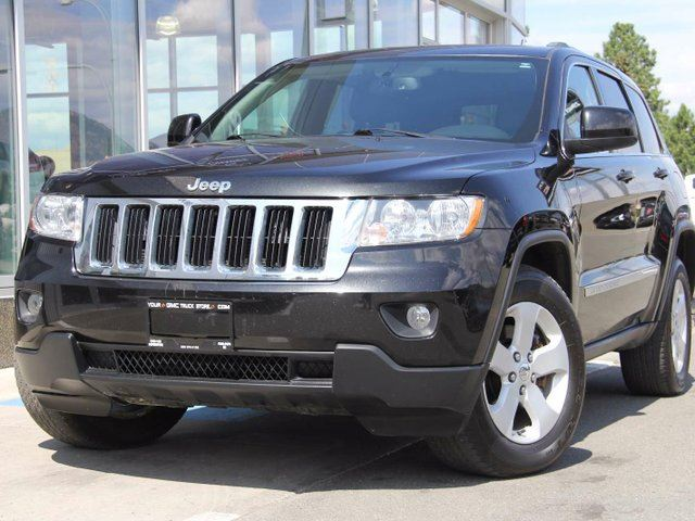 used 2011 jeep grand cherokee laredo kamloops. Black Bedroom Furniture Sets. Home Design Ideas