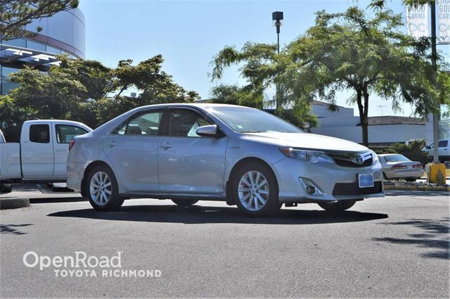 2014 Toyota Camry Hybrid XLE, Toyota Certified, leather, GPS navigation, in Richmond, British Columbia