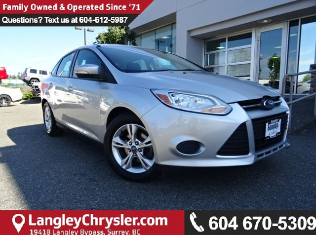 2013 FORD FOCUS SE W/BLUETOOTH & HEATED  SEATS in Surrey, British Columbia