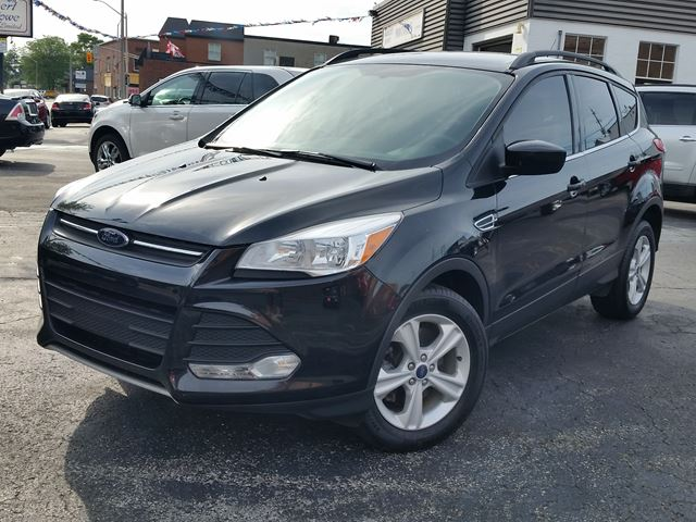 2015 Ford Escape SE,4X4,POWER SEAT,HEATED SEATS,SYNC,NAVIGATION,BALANCE FACTORY WARRANTY in Dunnville, Ontario