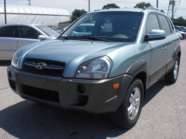 2008 HYUNDAI Tucson GL in London, Ontario