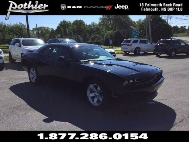 2012 Dodge Challenger SXT  EXTENDED WARRANTY  CLOTH  SAT  in Windsor, Nova Scotia